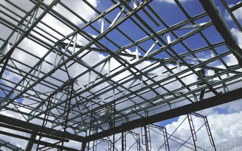 Roof Structure of Lightweight Steel Truss
